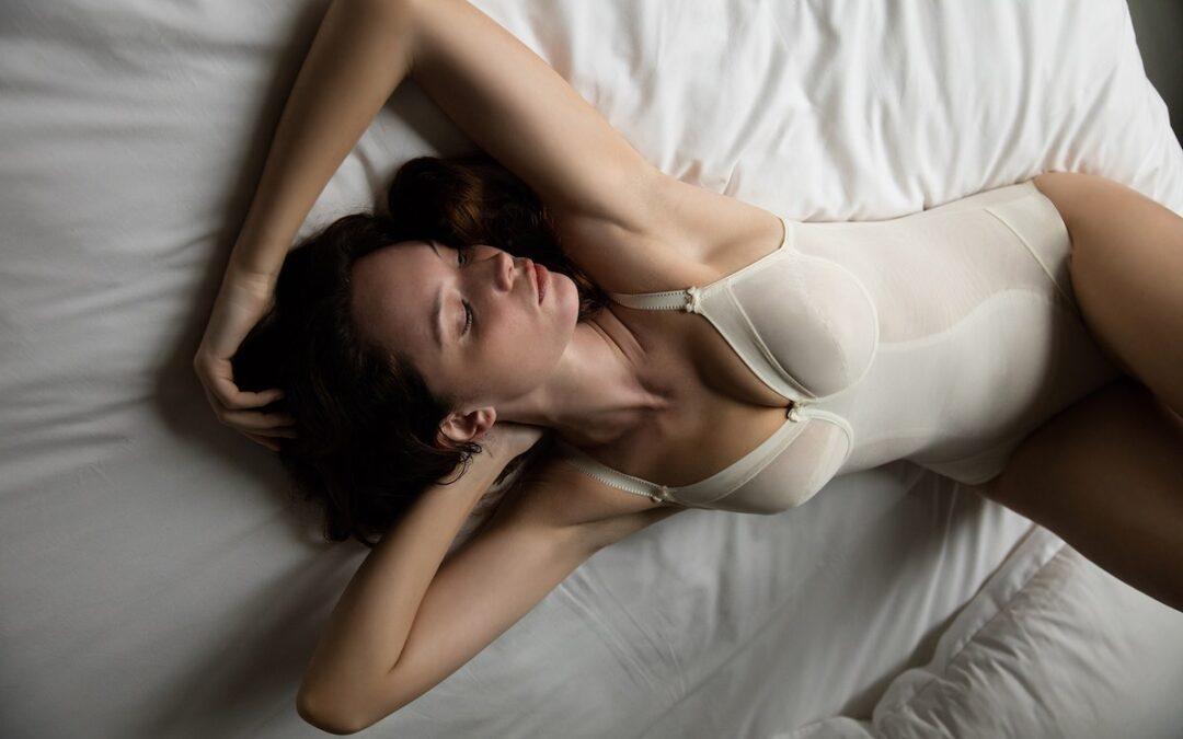 foto di modella Dina per linea sposa